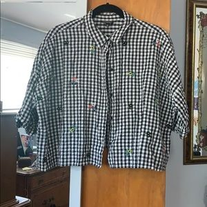 Topshop Cropped Checker Button Down w/ Flowers
